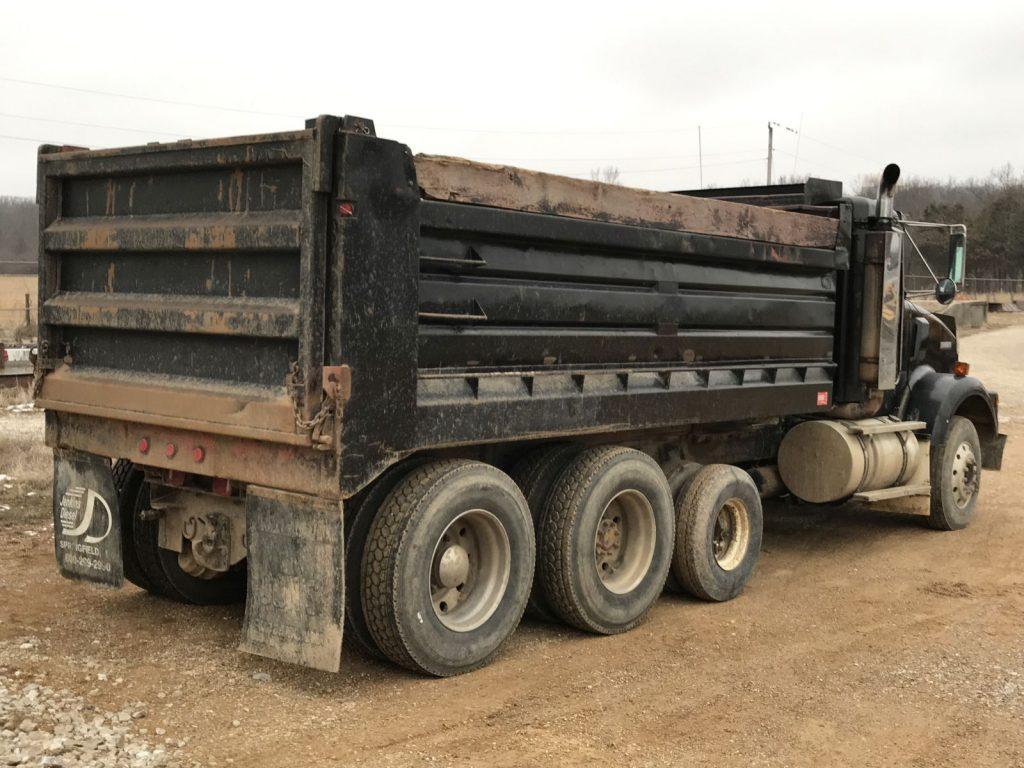 A Truck (30)