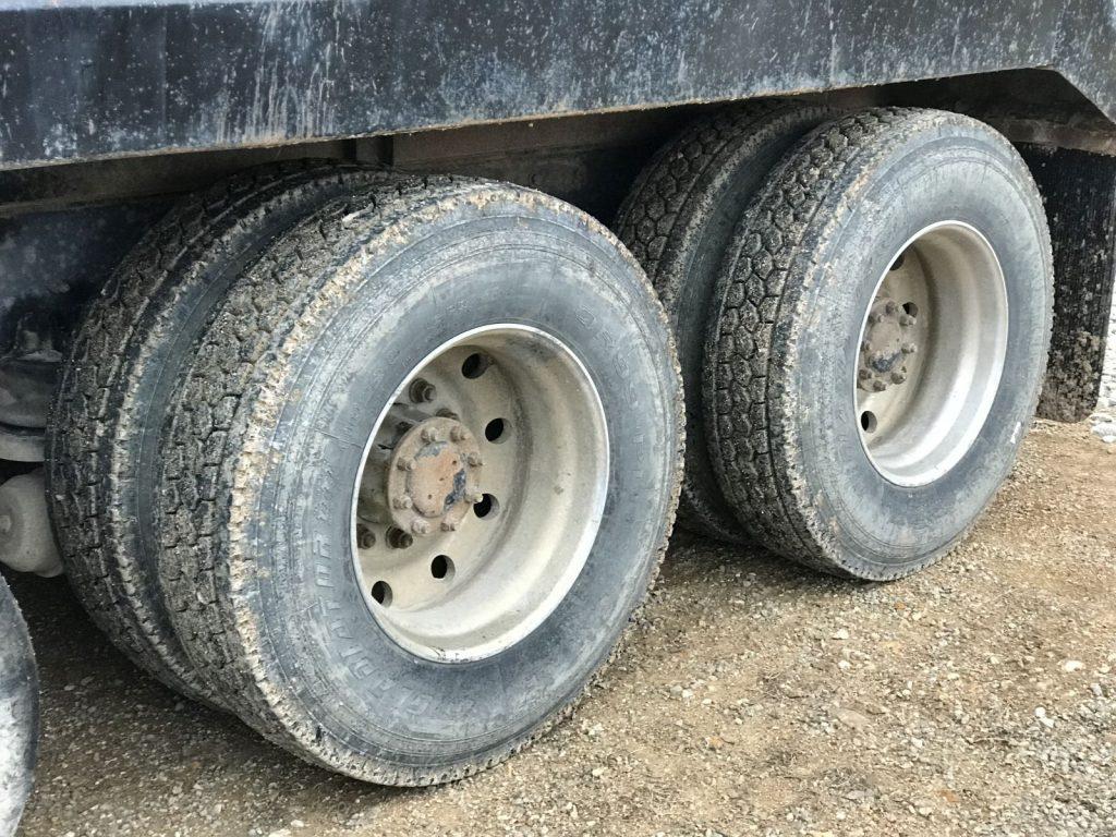 A Truck (32)