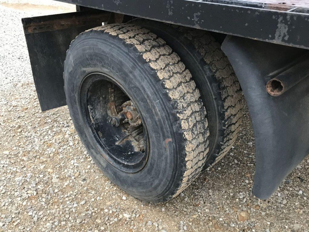 Truck (10)