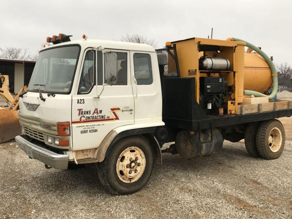 Truck (33)